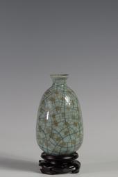 金丝铁线香瓜瓶
